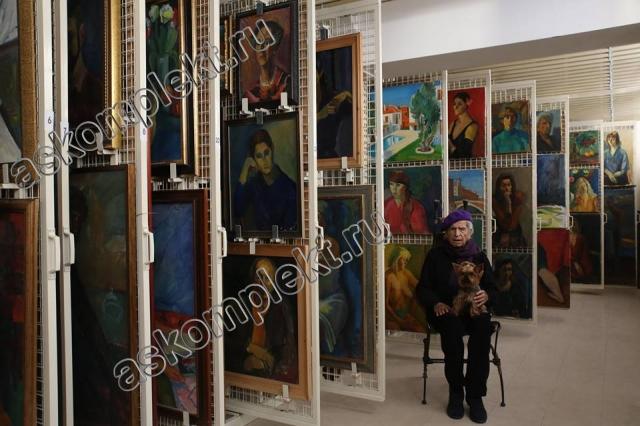 Сетки выдвижные для картин в галерею